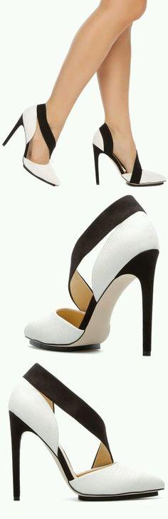 Fotoğraf Black And White Shoes a4b7505eb90b