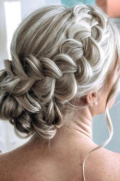 48 Mother Of The Bride Hairstyles ❤ mother of the bride hairstyles volume textured bun with side braid on blonde hair hairbysueee weddingforward wedding bride bridalhair motherofthebridehairstyles 419045940326261964 Updos For Medium Length Hair, Short Hair Updo, Braided Hairstyles Updo, Wedding Hairstyles For Long Hair, Wedding Hair And Makeup, Medium Hair Styles, Bridal Hair, Curly Hair Styles, Bridal Tips