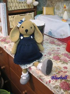 Joli crochet amigurumi poupée de lapin 16 pouces de hauteur avec crochet joli châle