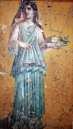 """Ancient Rome - """"Fresco of woman with tray in Villa San Marco of Stabiae."""" Roman woman wearing a stola. Ancient Rome, Ancient Art, Ancient History, Ancient Greek, Rome Antique, Art Antique, Antique Paint, Rome Fashion, Fashion History"""