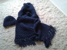 Chunky blackberry stitch scarf and hat