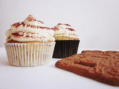 Spekulatius-Cupcakes Cupcakes, Muffin, Baking, Breakfast, Desserts, Food, Almond Cookies, Rezepte, Morning Coffee