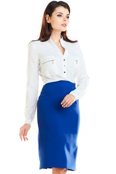 Fusta albastru tip creion cu lungime mini si model decorativ plisat in partea din spate. Se inchide in partea din spate cu ajutorului unui fermoar Waist Skirt, High Waisted Skirt, Skirts, Model, Fashion, Fashion Styles, Fashion Illustrations, Skirt, Moda