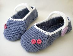 Berry ice cream slippers: free pattern link