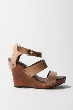 Triple Strap Wedge, Urban Outfitters $79 #style #wedges #sandals