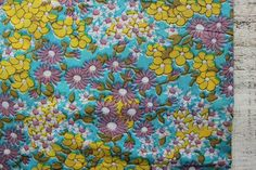 Vintage cotton fabric 2.65 yards white yellow mint