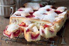 Litá bublanina se švestkami   Apetitonline.cz Czech Recipes, Dessert Recipes, Desserts, Plum, Sweet Tooth, French Toast, Baking, Breakfast, Cake