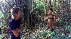 #интересное  Лесные жители вьетнама (9 фото)   Западные СМИ рассказали историю одной вьетнамской семьи, которая провела более 40 лет в лесах, прячась от войны и американских бомбежек. Хо Ван Тхань сражался против американцев, но в 1972 году, когда начались массирова�