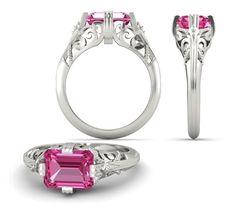 Stříbrný prsten osazen pravým drahokamem