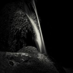 Black Edition, Abstract Photography, Pigment Ink, Monochrome, Waterfall, Fine Art Prints, Online Purchase, Geometry, Shop