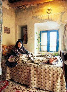 Abbas Arabzadeh on IRAN - Esfarayen - Rooien Village Persian People, Turkish People, Naher Osten, Visit Iran, Decoration Plante, Persian Culture, Turkish Art, My Land, Photos Du