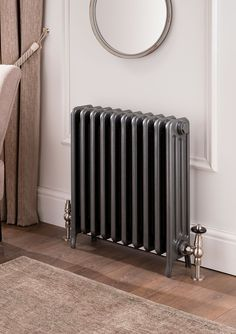 No cover needed - The Radiator Company - Cast Iron Radiators - Telford Steam Radiators, Cast Iron Radiators, Victorian Living Room, Victorian Homes, Victorian Radiators, Painted Radiator, Traditional Radiators, Cottage Shabby Chic, Furniture