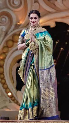 Rekha Saree, Banarsi Saree, Silk Saree Kanchipuram, Kanjivaram Sarees, Silk Sarees, Half Saree Designs, Silk Saree Blouse Designs, Fancy Blouse Designs, Saree Draping Styles