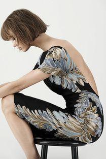 Karlie Kloss wearing Gucci Fall 2013 Brocade Low Cut Dress