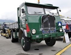 Old Lorries, Cab Over, Transporter, Commercial Vehicle, Custom Trucks, Diesel Engine, Old Trucks, Cars And Motorcycles, Transportation