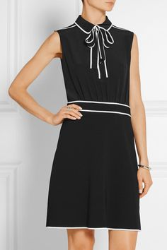 Black and white silk-chiffon and stretch-crepe Button fastenings along front, concealed zip fastening along side silk; triacetate, polyester Dry clean Made in Italy Boutique Moschino, White Silk, Esquire, Silk Chiffon, Boutique Dresses, Work Fashion, Designer Dresses, Dresses For Work, Bows