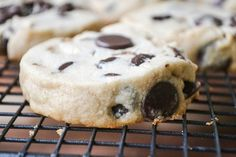 slice and bake peanut butter chocolate chip shortbread cookies