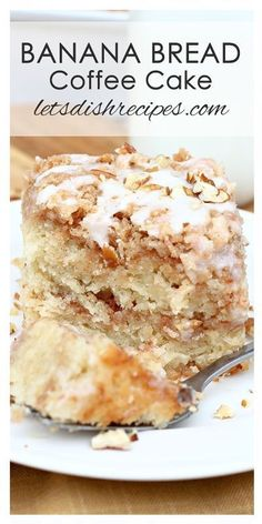 Banana Bread Coffee Cake Recipe: banana bread and coffee cake come together in this delicious recipe, featuring a cinnamon infused crumb topping and a powdered sugar glaze. Banana Dessert Recipes, Banana Bread Recipes, Coffee Recipes, Cake Recipes, Unique Banana Bread Recipe, Overripe Banana Recipes, Recipes With Bananas, Top Recipes, Gourmet