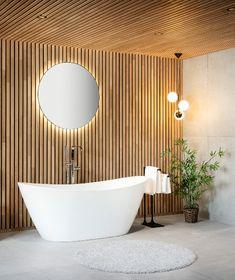 Drømmebad? Ja, det mener vi! Med spiler i eik kan du virkelig forvandle badet til et drømmebad! Spileplatene gir et varmt og lunt uttrykk og med de riktige flisene til vil kombinasjonen være en wow-faktor! Nærmere spa-feeling vil du ikke komme! Interior Decorating, Interior Design, Quites, Bathroom Inspiration, Clean House, Future House, Laundry Room, Cabin, House Styles