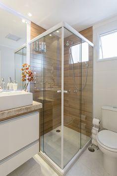 20 Small Bathroom Remodel On A Budget Bathroom Onabudget Remodel Bathroom Design Small, Bathroom Layout, Simple Bathroom, Bathroom Interior Design, Modern Bathroom, Hall Bathroom, Master Bathroom, Basement Bathroom, Bathroom Styling