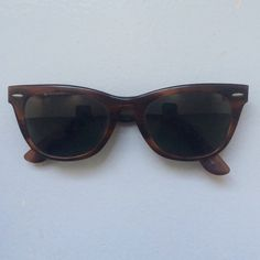 rare ray ban wayfarer ii tortoise sunglasses 100 authentic sold out everywhere