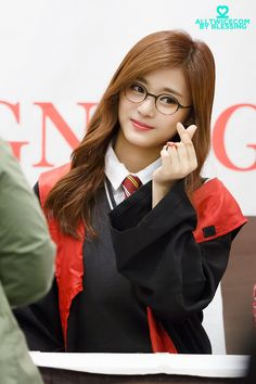 Tzuyu İn Harry Potter Costume Looks So cute
