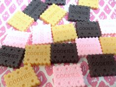 6x Cute Cookie Cabochons by CuteCornwall on Etsy, £2.00