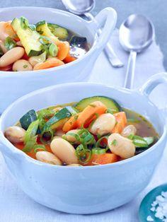 Bohneneintopf mit Zucchini
