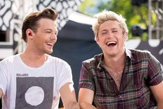 One Direction Pictures, I Love One Direction, Louis Tomlinson, 5 Best Friends, You Found Me, Normal Guys, Best Song Ever, Family Show, Louis Williams