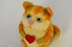 Needle felted toy kitten by Krupennikova Oxana. Войлочная игрушка Рыжий котейка. Крупенникова Оксана.