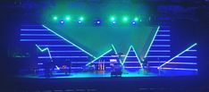 http://www.churchstagedesignideas.com/mountains-and-valled/