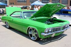 65 Impala SS Abit tacky for my taste but would love to imply some of my creativity into it My Dream Car, Dream Cars, 65 Chevy Impala, Chevrolet Chevelle, 4x4, Old School Cars, Ford, Hot Rides, Sweet Cars