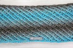 Kostenlose Anleitung: Loopschal für Damen stricken | Der namensbaender.de Kreativ-Blog Paracord, Projects To Try, Blog, Beanie, Party, Diy, Fashion, Hand Crochet, Free Knitting