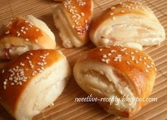 Bread And Pastries, Hamburger, Snacks, Cooking, Recipes, Dinners, Basket, Recipies, Kitchen