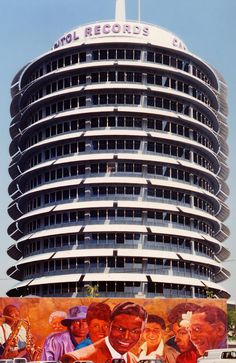 Capitol Records Building - Wikipedia, the free encyclopedia