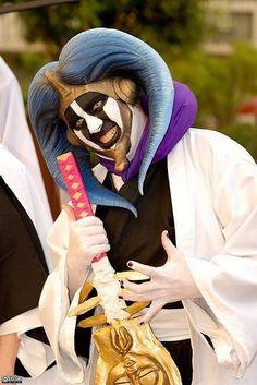 This cosplayer is fucking amazing!     Mayuri from Bleach
