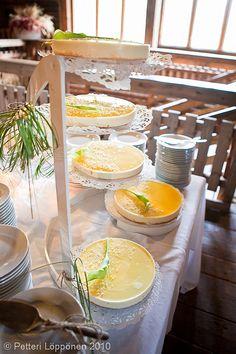 # wedding cake by Pihvitupa image by Petteri Löppönen