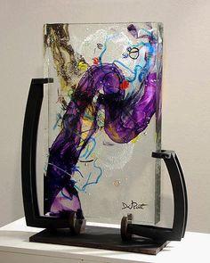Resultado de imagen para fusing black above blue glass Art Of Glass, Fused Glass Art, Mosaic Glass, My Glass, Stained Glass, Blown Glass, Resin Art, Resin Crafts, Arte Steampunk