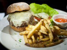 San Francisco: Fancy-Pants Gastro Burgers at Zoe's Bar and Restaurant