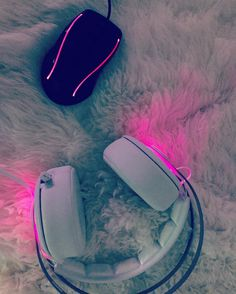 It is time to play heroes of the storm again hf #pink #game #gaming #gamergirl #heroesofthestorm #hots #steelseries #headset #roccat #mouse #white #blizzard #blizzard2016 #fun #pc #play #hf #gg by nas.tja.na