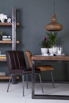 #Eettafel #industrieel #metaal #mangohout Home Living, Living Room Modern, Living Room Designs, Gray Interior, Modern Interior, Interior Design, Loft Interiors, Industrial Interiors, Design My Kitchen