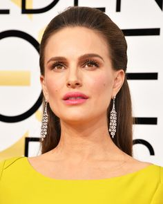 The Best Beauty Looks from the 2017 Golden Globe Awards - Natalie Portman from InStyle.com