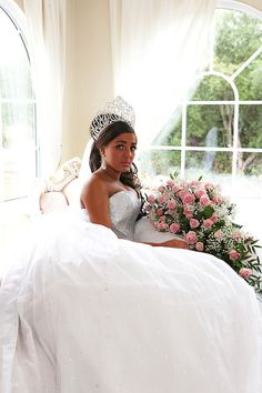 and George, both English Romany Gypsies are getting married in Wickford, Essex My Big Fat Gypsy Wedding, Gipsy Wedding, Got Married, Getting Married, Dress Sites, Gypsy Dresses, Change My Life, Sondra Celli, Beautiful Dresses