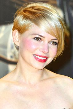 I wish I could look as fabulous as Michelle Williams in a pixie-cut!
