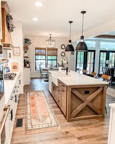 Modern Farmhouse Design, Modern Farmhouse Kitchens, Farmhouse Homes, Rustic Farmhouse, Kitchen Modern, Kitchen Small, Farmhouse Plans, Kitchen White, Vintage Kitchen