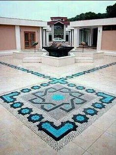 Pebble mozaik & seramic. By Mehmet ışıklı Antalya Türkiye. 2006.