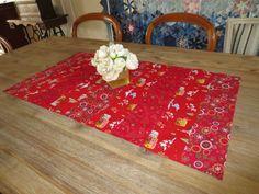 Chemin de table décoration noël en rouge : Accessoires de maison par michka-feemainpassionnement