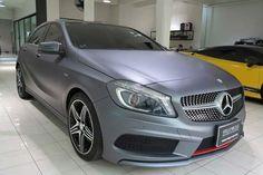 Mercedes-Benz Clase A Amg vinilado en gris mate por wrapocars.