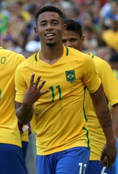 Gabriel Jesus, Brasil e Honduras olimpíada (Foto: Agência Reuters) Brazil Football Team, Men's Football, Manchester City, Football Hairstyles, Gabriel Jesus, Most Popular Sports, Sporting, Neymar Jr, Man United