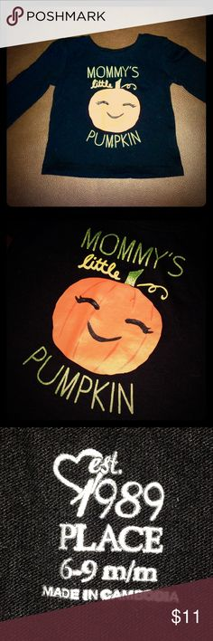 """🎃""""Mommy's Little Pumpkin"""" Long Sleeve Tee 🎃""""Mommy's Little Pumpkin"""" Long Sleeve Tee • I call my daughter this all the time so I think this shirt could be perfect for any day OR for Halloween 😉 The word """"Mommy's"""" is in Green glitter, as well as the word """"Pumpkin"""" & the word """"Little"""" is in Yellow lettering. Super cute top for a boy or girl in my opinion! Only worn a couple of times! EXCELLENT CONDITION!!!! Children's Place Shirts & Tops Tees - Long Sleeve"""